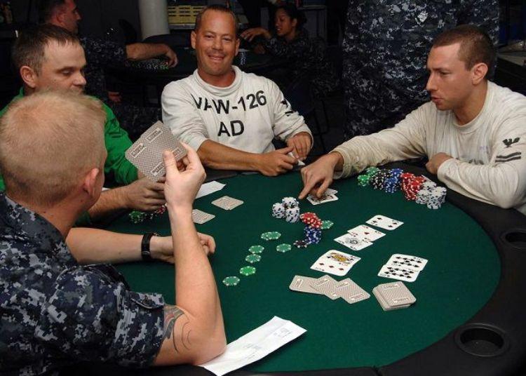 cách chơi poker đổi thưởng